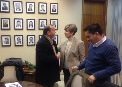 Senadora Allende y Presidente Sindicato Aguas Andinas